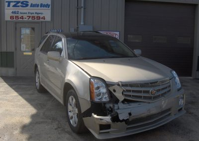 collision_before_cadillac2